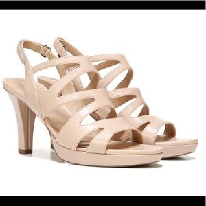 Naturalizer Shoes - Naturalizer Taupe Leather Heel